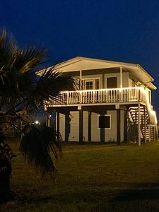 Photo for *cozy*2/2*on Canal*1 mile from beach* pet friendly*private boat ramp