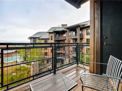 Photo for Cozy Studio w/ Private Balcony, Onsite Pool, Hot Tubs & Fire Pit! Great Summer Getaway
