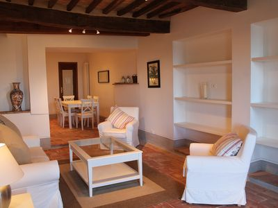 Photo for Medieval Town House With Fantastic Views Over The Tiber Valley