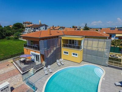 Photo for One-Bedroom Apartment Residence Elody III with Balcony and Pool