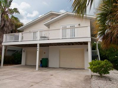 Photo for 266 S. Harbor - Private home 3 Bedroom/ 2 Bath , maximum occupancy of 6 people.