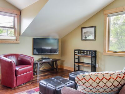 Photo for Deluxe dog-friendly condo 2 blocks from historic downtown area!