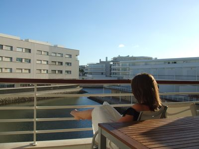 Photo for Spacious marina apartment with balcony views near to pool, wifi, freeview, sky