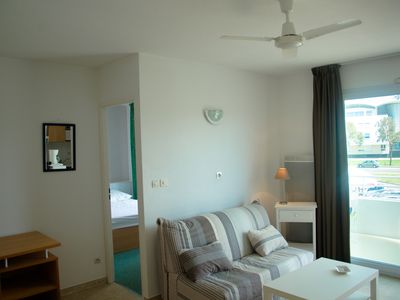 Photo for Apartment 2/4 people between Minimes beach, the aquarium, the old port