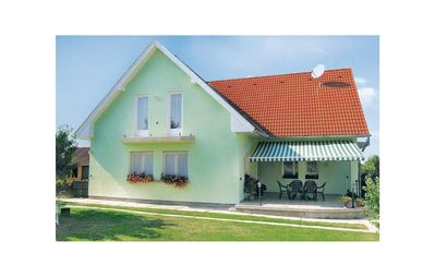 Photo for 2 bedroom accommodation in Balatonszemes
