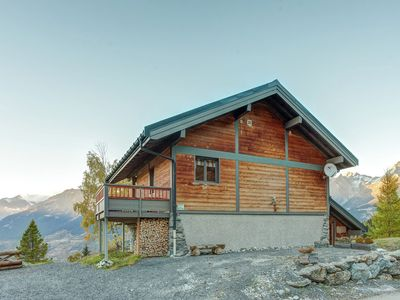 Photo for Modern home with phenomenal views of the mountains of Val Thorens