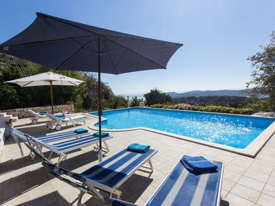 Photo for Old Charm apartment with Pool and Sea View