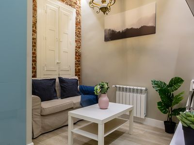 Photo for Cosy 2bed Apt in Chamberí, 2mins to tube!
