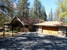 3BR Chateau / Country House Vacation Rental in Oakhurst, California