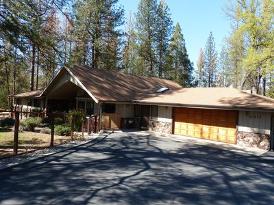 Photo for 3BR Chateau / Country House Vacation Rental in Oakhurst, California