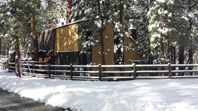 Photo for Newly remodeled! Lake access,10 minutes to resorts, and Peekaboo view; Sleeps 14