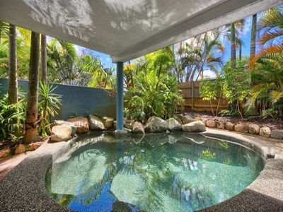 Photo for Group Paradise 5bedrooms Apartment in top floor Queenslander Close to City