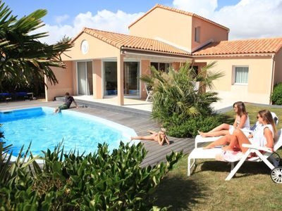 Photo for Vacation home Les Jardins du Château d'Olonne  in Les Sables d'Olonne, Vendee - Western Loire - 8 persons, 4 bedrooms