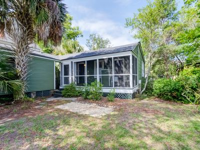 Photo for Charming 1920s cabin just 2 blocks from beach and restaurants!