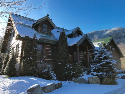 Photo for Luxurious Pemberton Log Home with Amazing Amenties and Location
