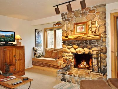 Photo for RMR: Classic Aspens Condo with Western Style + Free Activities!