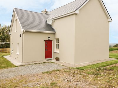 Photo for ATLANTIC VIEW FARMHOUSE in Camp, County Kerry, Ref 996129