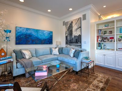 Photo for High-End Brentwood Penthouse w/ 2 BR & Balcony - Near Shopping, Dining & Yoga