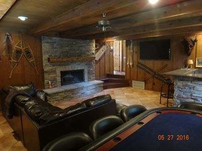 Photo for Close to downtown, family/pet friendly, mountain views, tv/game room