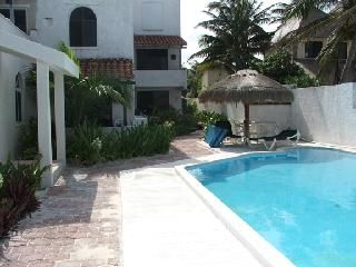 Photo for Beach Front with Pool: Casa del Mar, Condo #4