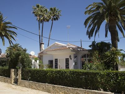 Photo for Independent villa for 8 people maximum communal pool wifi