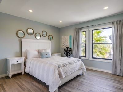 Beach Bungalow by 710 Vacation Rentals | Beach Studio, Walk to everything!