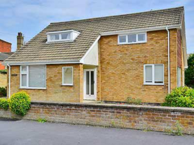 Photo for 3 bedroom accommodation in Sutton-on-Sea