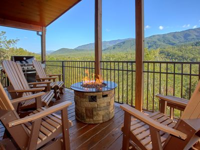 Photo for Incredible views from a brand new luxury cabin - outdoor living area!
