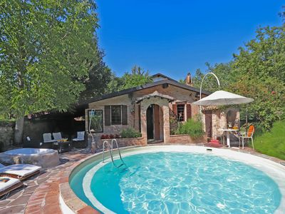 Photo for Villa with round swimming pool and garden in beautiful surroundings