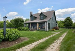 Photo for 4BR Cottage Vacation Rental in Versailles, Kentucky