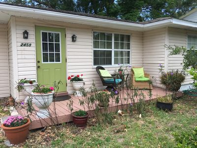 Photo for Cozy Cottage close to Downtown Sarasota