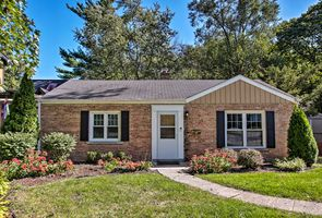 Photo for 2BR House Vacation Rental in Wheaton, Illinois