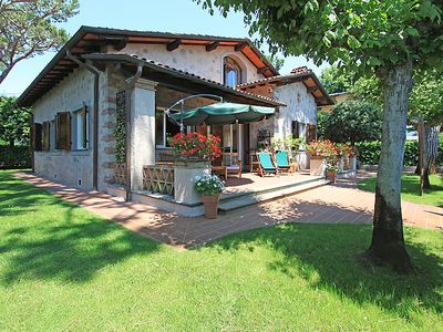 Photo for Forte dei Marmi Holiday Home, Sleeps 8 with Air Con and Free WiFi