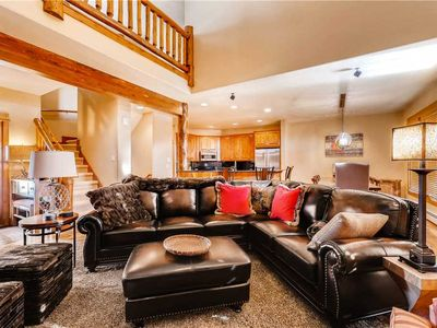 Photo for Luxurious Multi-Level Townhome w/Plenty of Space - Perfect for Families!