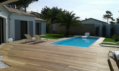Photo for Superb luxury villa with heated pool 50m from the beach