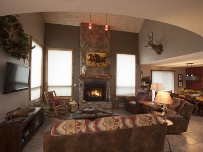 Photo for Stunning Townhome 2 Miles to Purgatory Ski Resort, Pool/Hot Tub On Site, Views