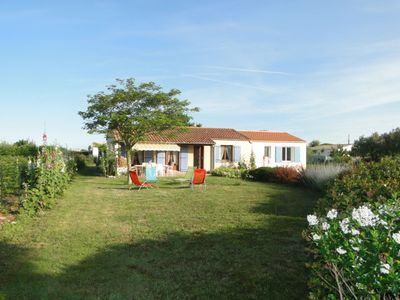 Photo for House bungalow with garden and terrace, 1100m2 property, 8 person,