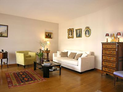 Photo for Beautiful apartment, 65 m2, comfortable, furnished, at the entrance of Paris