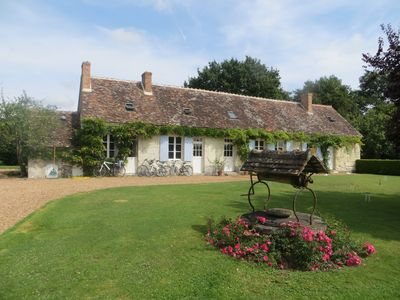 Photo for Family-friendly Pool & Tennis Court in large garden & orchard near Loire