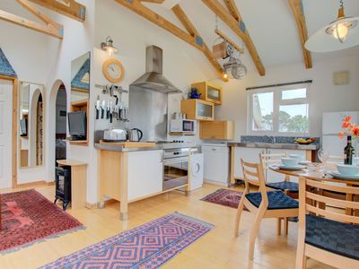 Photo for Detached holiday home with cosy interior and washing machine in Cornwall