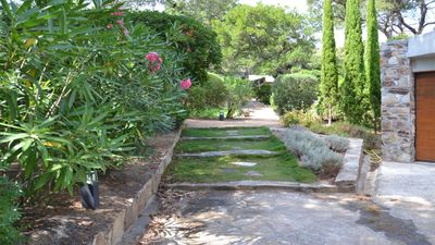 Photo for House classified 3 * - 5 / 6pers. - Gaou Bénat - terrace and garden near 2 beaches