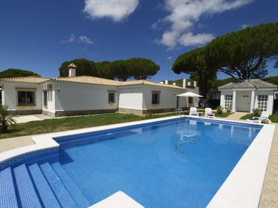 Photo for Very spacious and luxuriously furnished house with private pool on the golf course