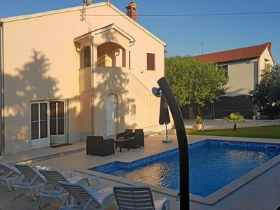 Photo for Holiday house with pool for 6 persons in the medieval town of Bale