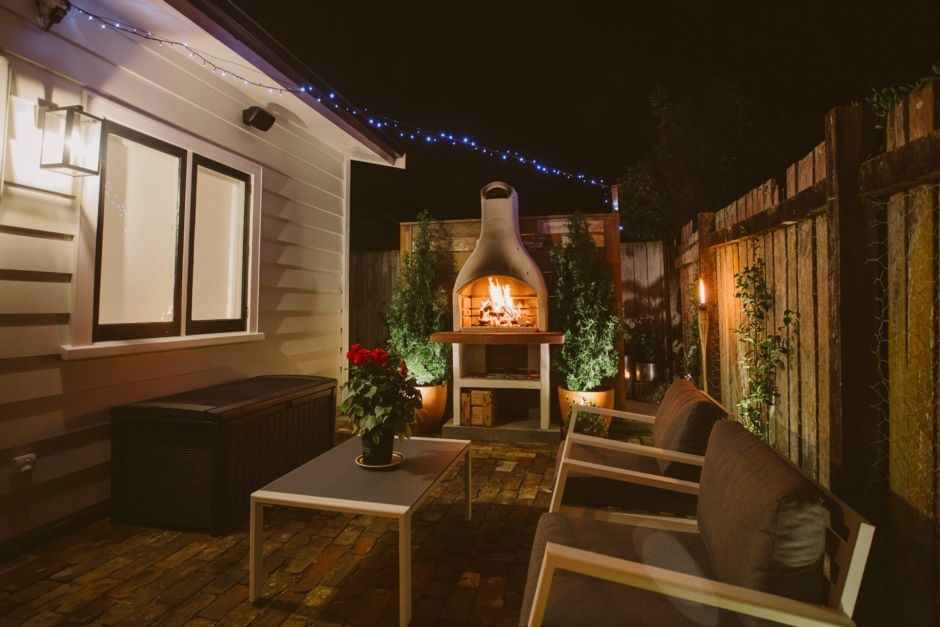 Cosy, vintage with outdoor bath andamp; fireplace