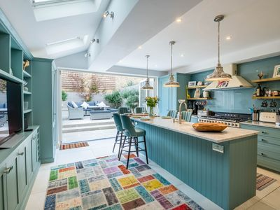 Photo for Immaculate Designer Home in Wandsworth