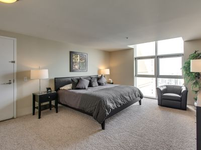 55 56th Floor Magmile Penthouse Views Vrbo