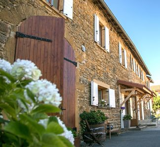 Photo for Domaine des Vignes d'Hôtes Group lodging, family and events