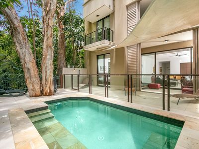 Photo for Temple Luxury with Private Pool at Palm Cove