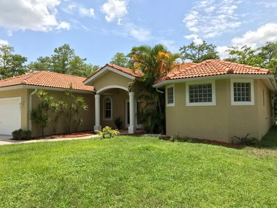 Photo for Estates Pool Home 4 bed 3 Bath 20 minutes to the beach