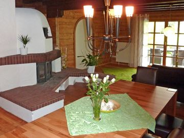 Block house with pool, few minutes from the lake, and beautiful nature - Natursinn 1